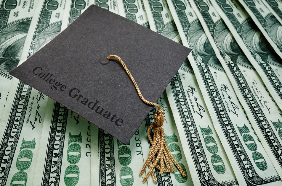 The Biggest Money Mistakes Graduates Will Make Right Out Of College