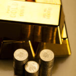 Should You Invest in a Gold ETF or Futures?