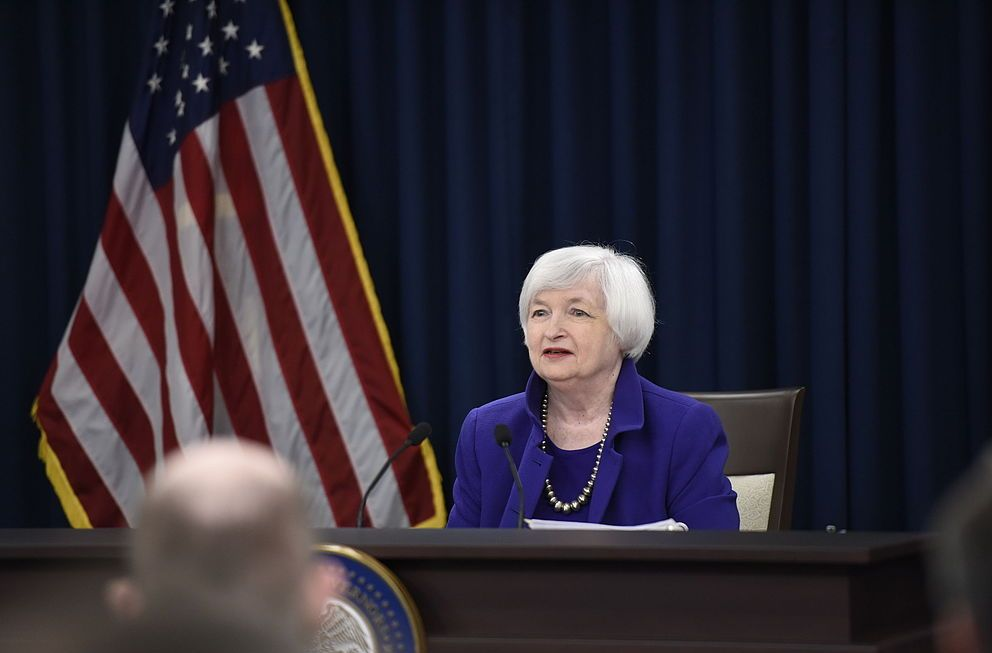 What Happens if the Fed Raises the Interest Rate