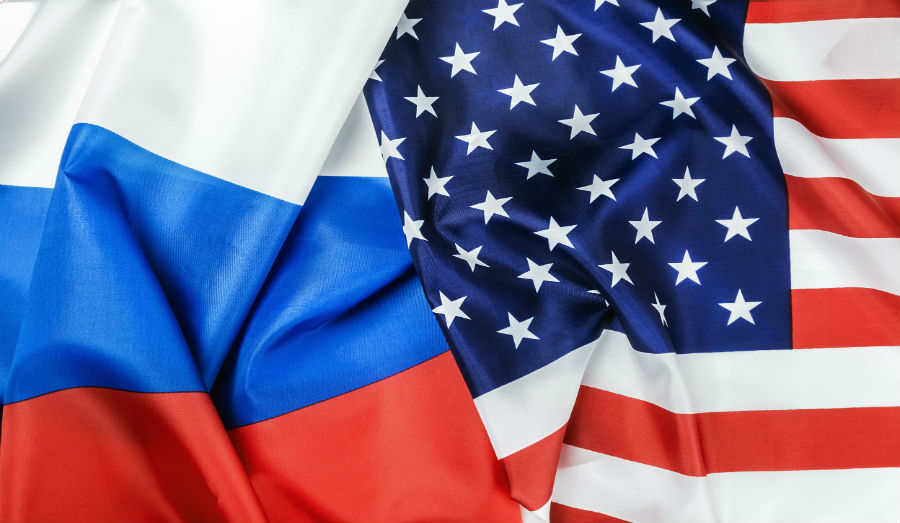 usa and Russia flag