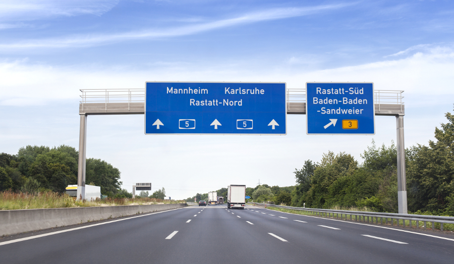 Germany to add speed limits to Autobahn?