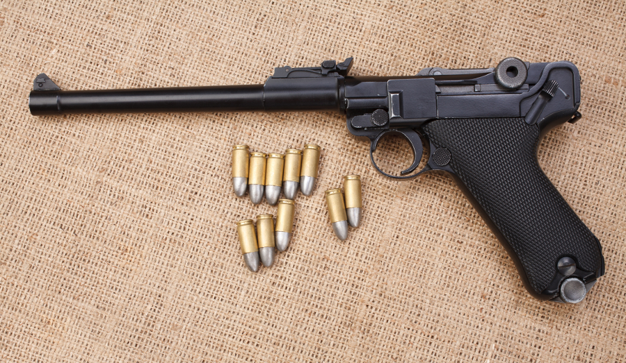 9mm Luger pistol with ammunition