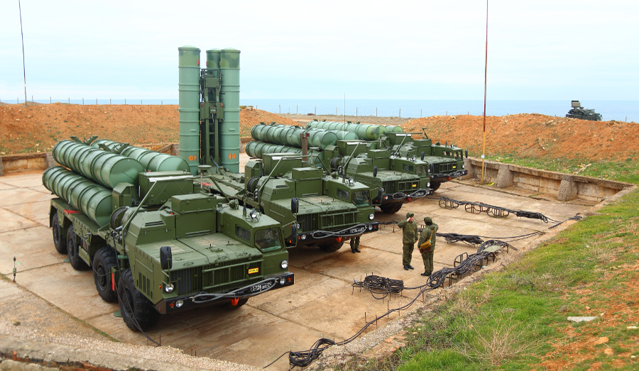 Russian S-400 Triumf missile system deployed in Crimea